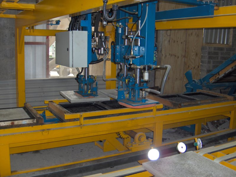 Wet Cast Slab Machinery Machines from Coote Engineering | Precast
